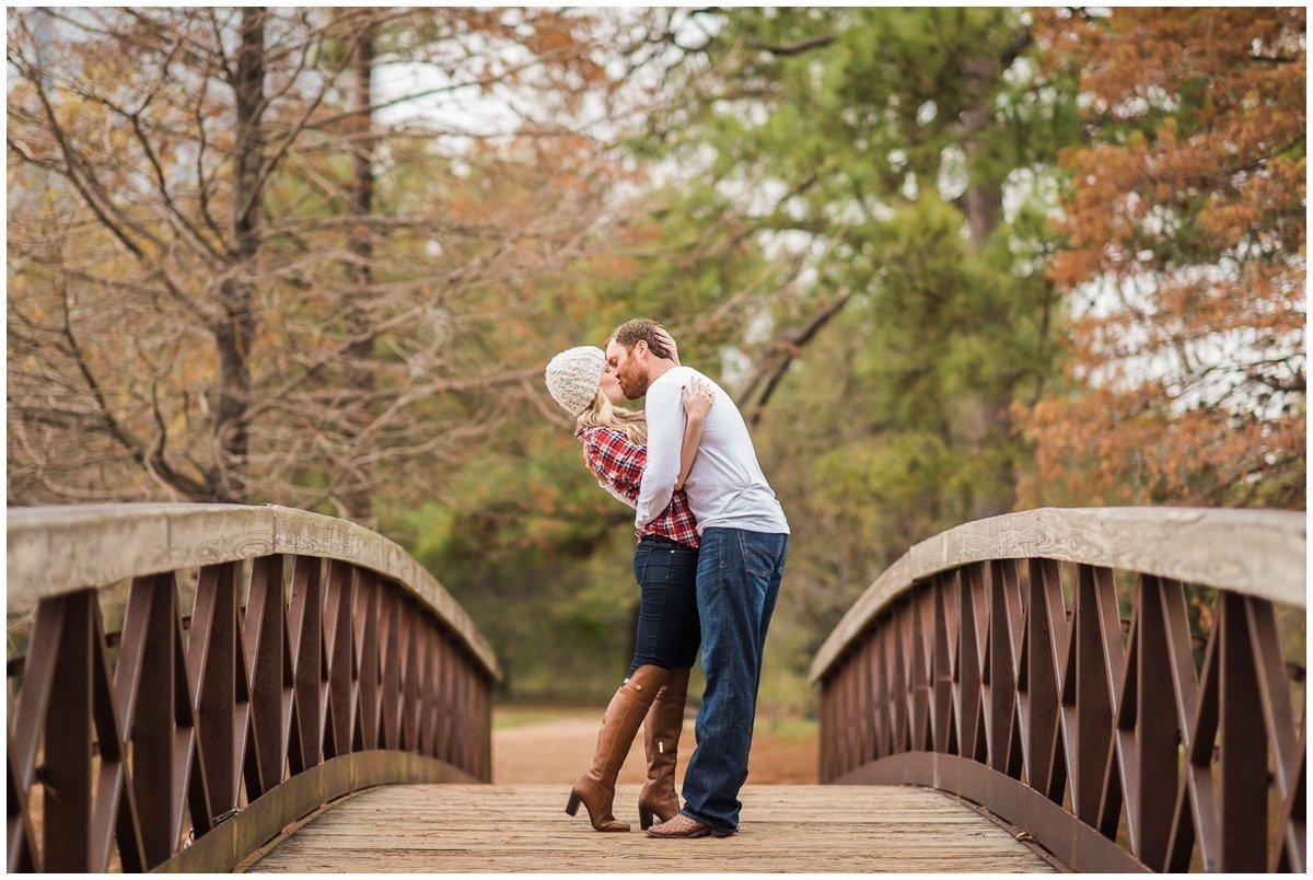 Romantic Houston Winter Engagement Photos Ideas